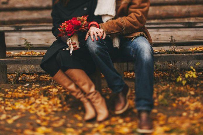влюблённые, свидание, цветы, осень