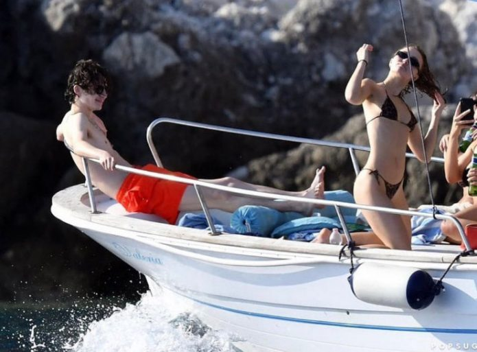 Лили-Роуз Депп и Тимоти Шаламе на яхте