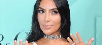 Ким Кардашьян ругается с мужем из-за макияжа дочери