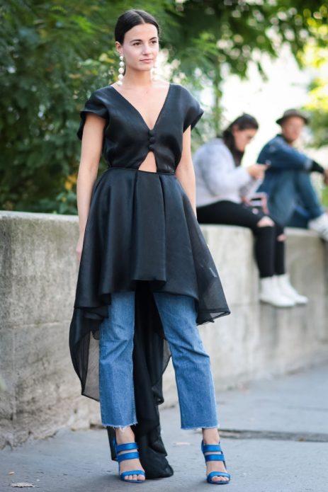 Нарядное платье с джинсами