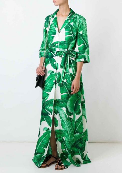 Платье-халат в пижамном стиле