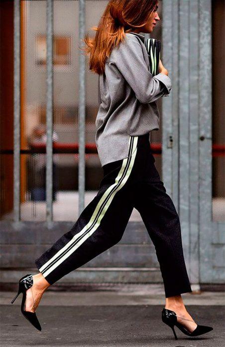 Спортивные брюки с босоножками