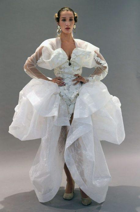 Белла Хадид платье