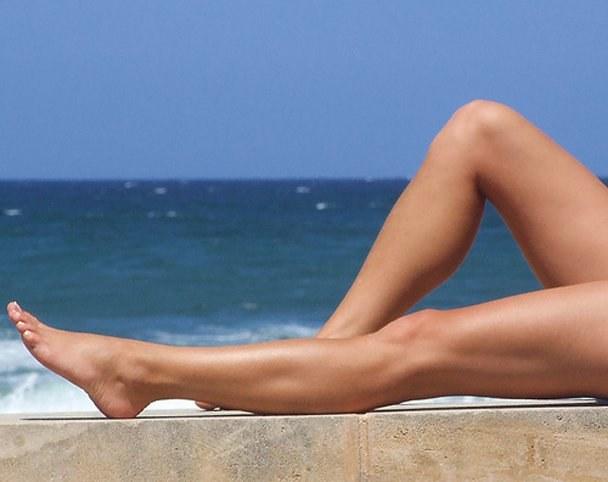 солнечные ванны после депиляции ног