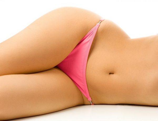 Гладкая кожа в области бикини