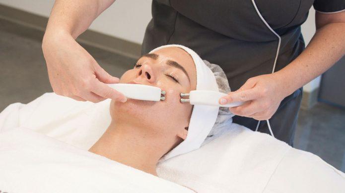 Микротоковая терапия в салоне