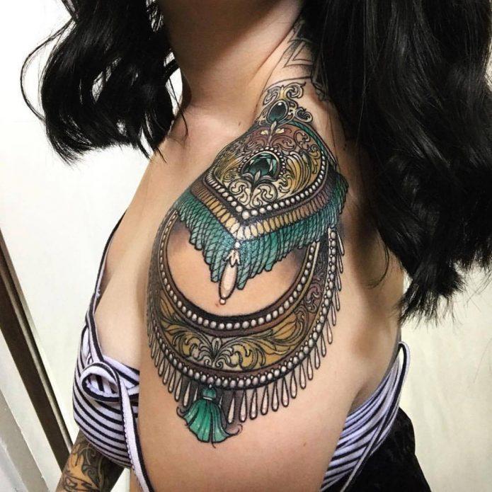 цветной орнамент на плече тату для девушек