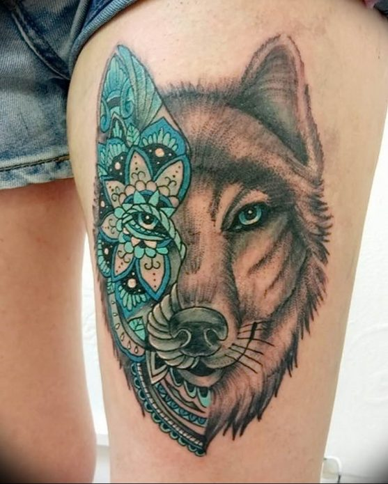 Тату волк на бедре для девушек