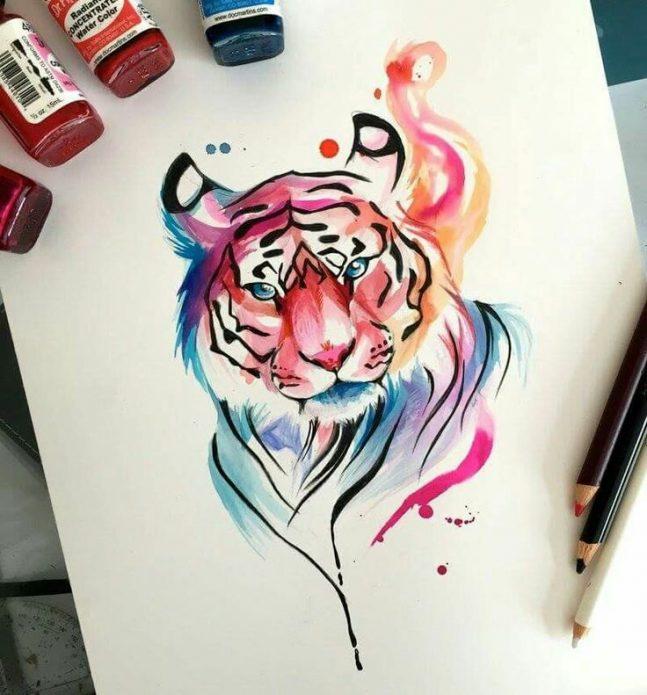 Эскиз тату тигра на бедре для девушек