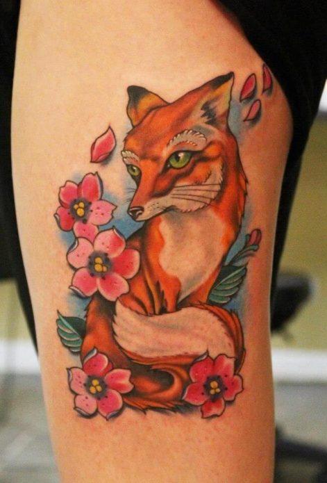 тату цветное лисица цветы на ноге