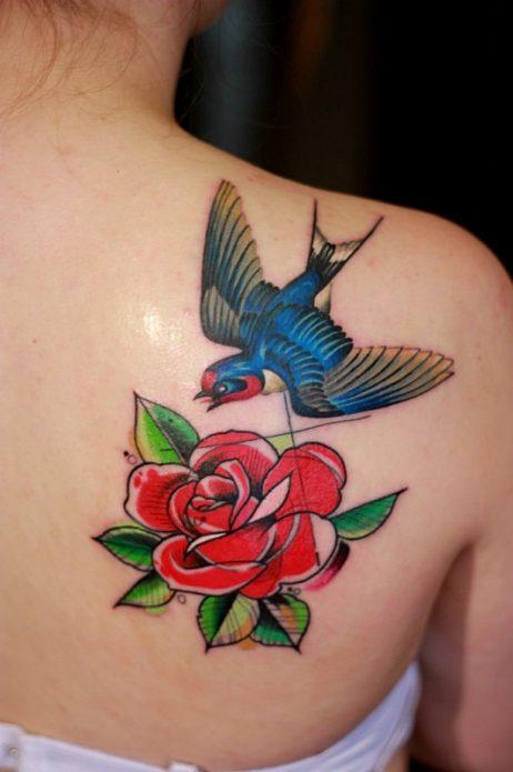 Тату птица и цветы
