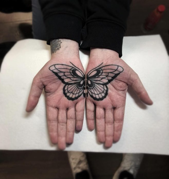 тату бабочка на ладошках, женские тату