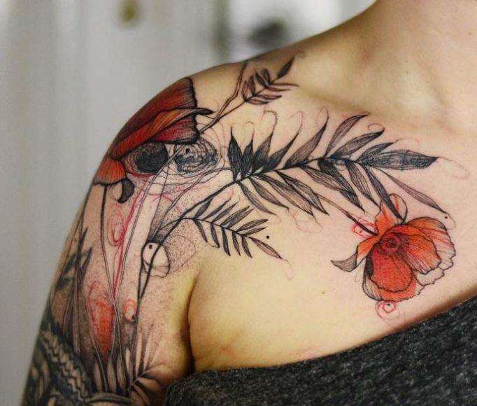 татуировка на плече маки, женский эскиз
