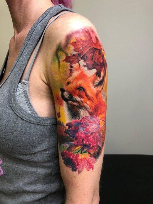тату лиса, цветная татуировка для женского плеча
