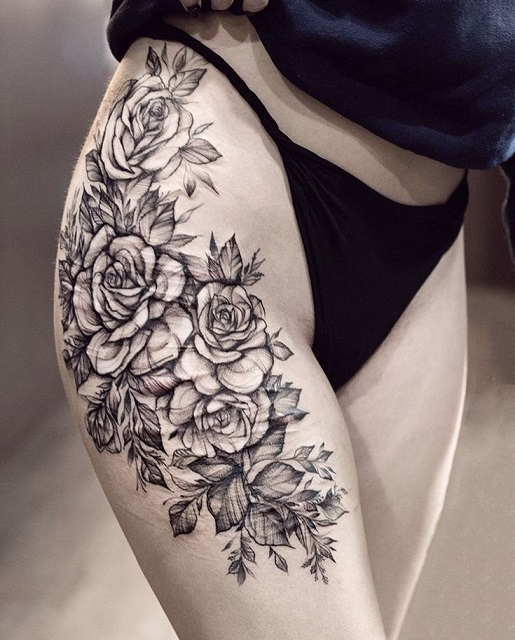 Розы на бедре