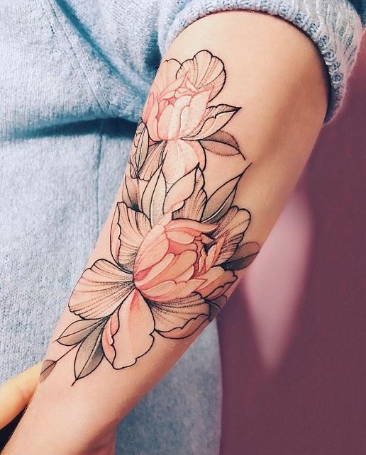Цветы, выполненные в две краски