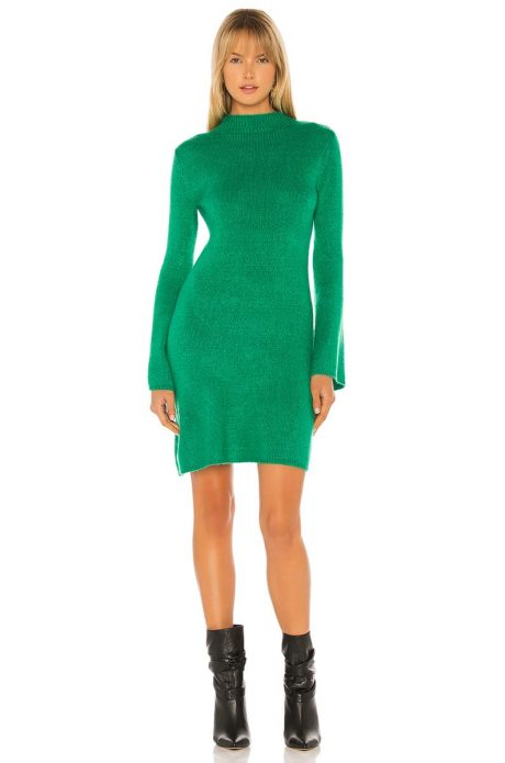 Вязяное платье