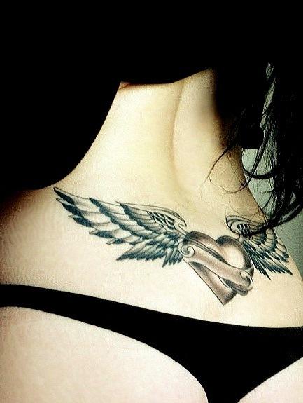 тату сердце и крылья на поясницу, эскизы для спины чб
