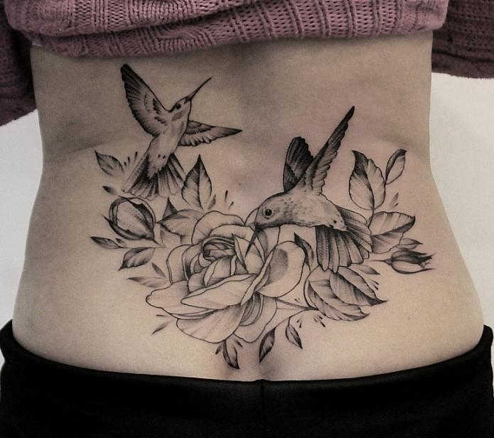 тату на поясницу цветы и птицы, эскизы графика для спины