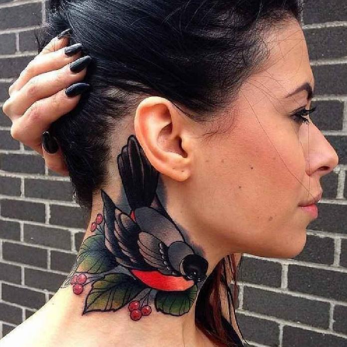 татуировка на шее сбоку, эскизы птиц на шею женские