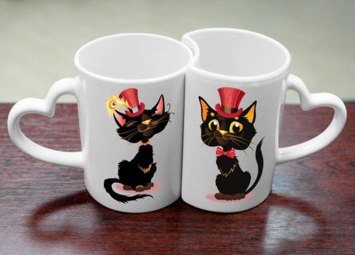 Набор чашек с шуточными изображениями