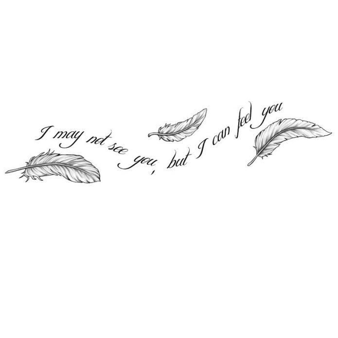 эскиз на грудь надпись и перья, тату-надпись для груди эскиз