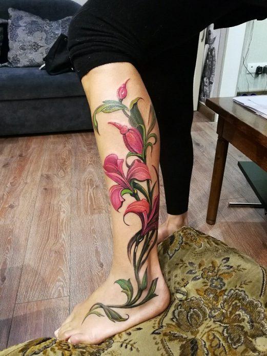 тату на ноге цветы, эскиз на икры для девушек