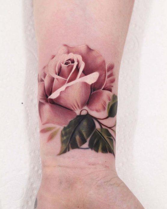 Тату розовая роза