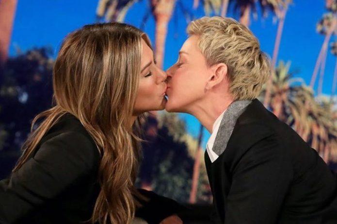 Энистон и Дедженерес поцелуй