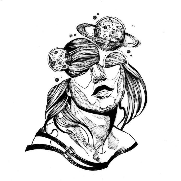 девушка и планеты чб эскиз, необычные тату