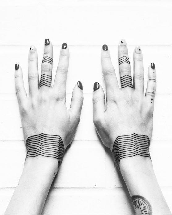 парные тату-браслеты минимализм, женские эскизы для руки