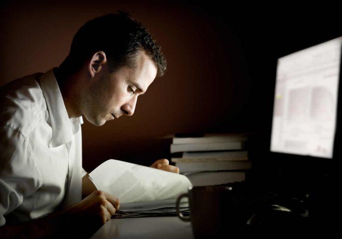 Работа ночью за компьютером