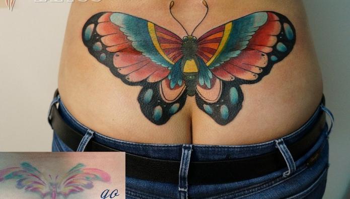 тату бабочка на пояснице, большая татуировка на спине