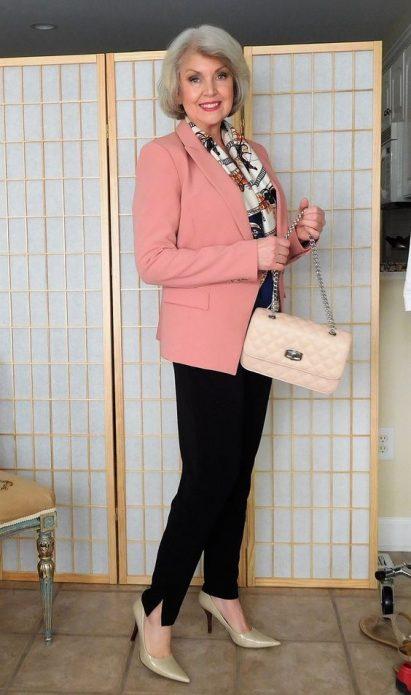 Какая обувь должна быть у женщины после 50