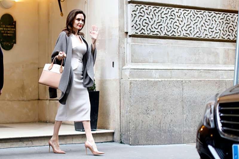 Как одеваются самые известные феминистки