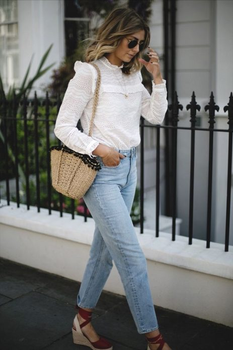 10 способов оставаться женственной в джинсах