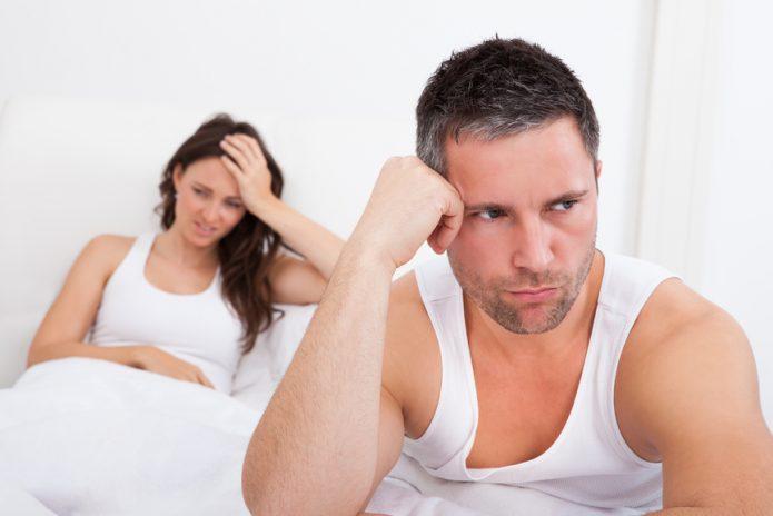 Женщина и мужчина расстроены