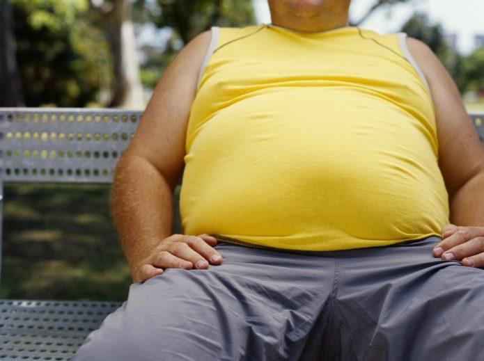 Мужчина с избытком веса
