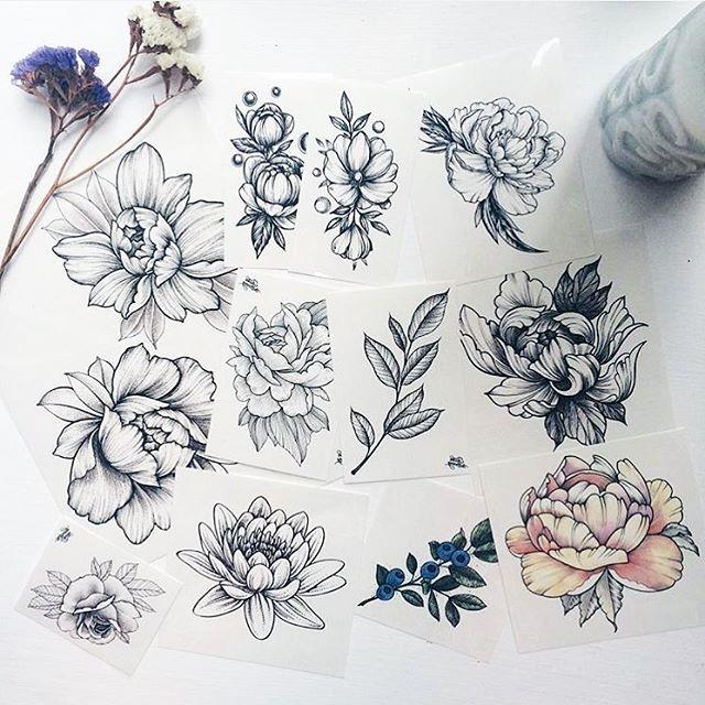 подборка небольших эскизов на ключицу цветы