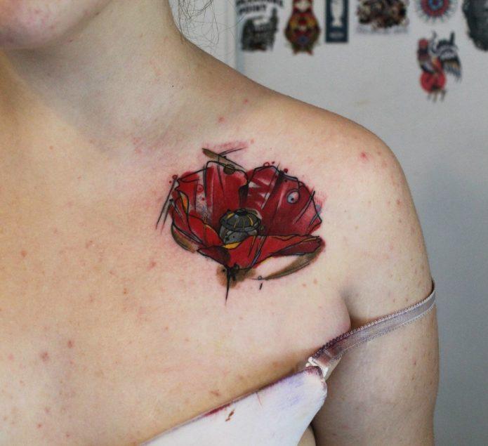 акварельный мак татуировка на ключице