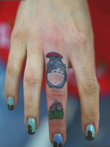 тату на пальцах анимация