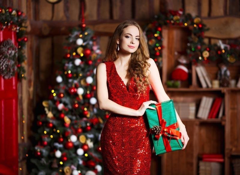 В Новый год красавицей: как выглядеть эффектно в новогоднюю ночь