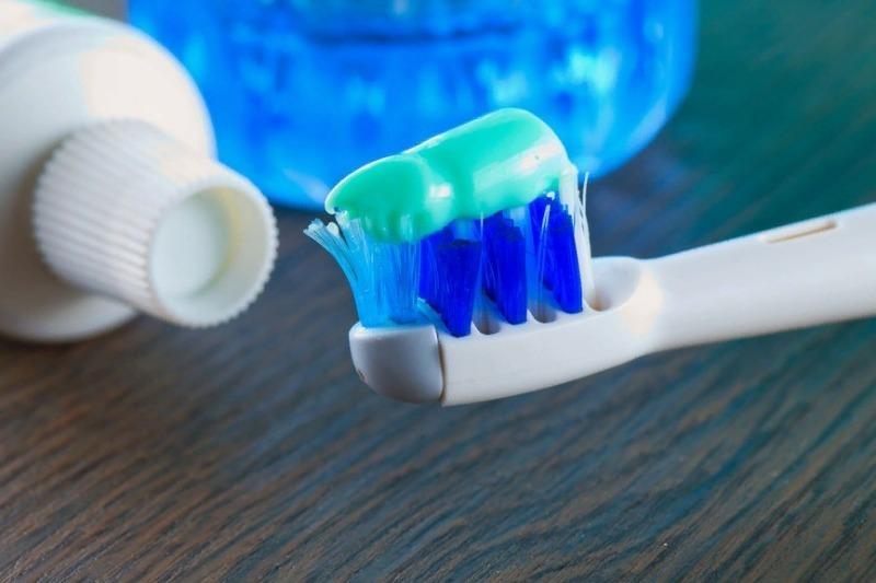 Что можно рассказать о человеке по тому, как он выдавливает зубную пасту