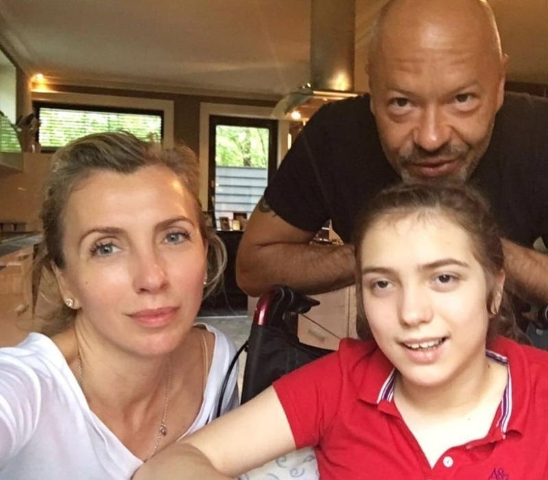 5 знаменитостей, которым приходится воспитывать «особенных» детей