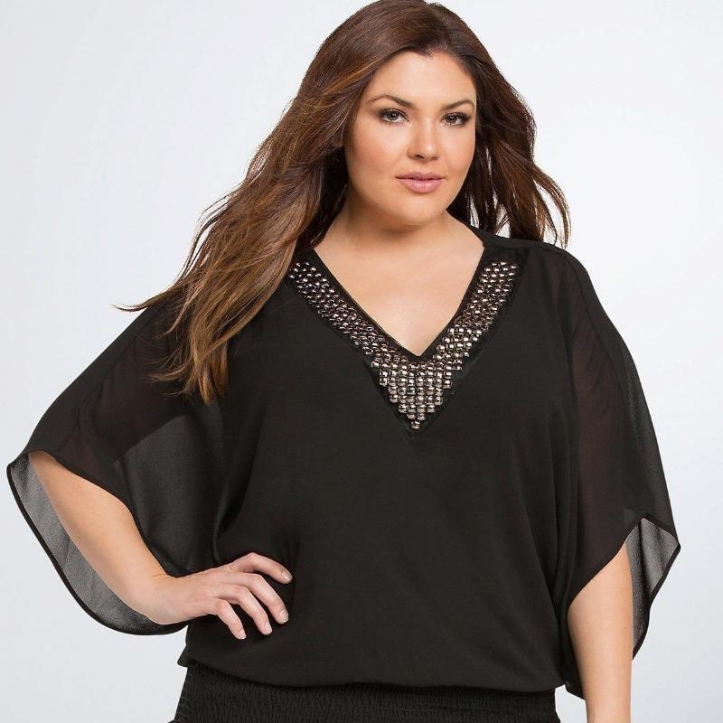 7 блуз, которые запрещены женщинам с массивным верхом и объемной грудью