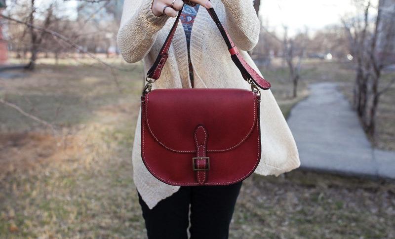 Модели сумок, которые выглядят безвкусно на женщинах после 40