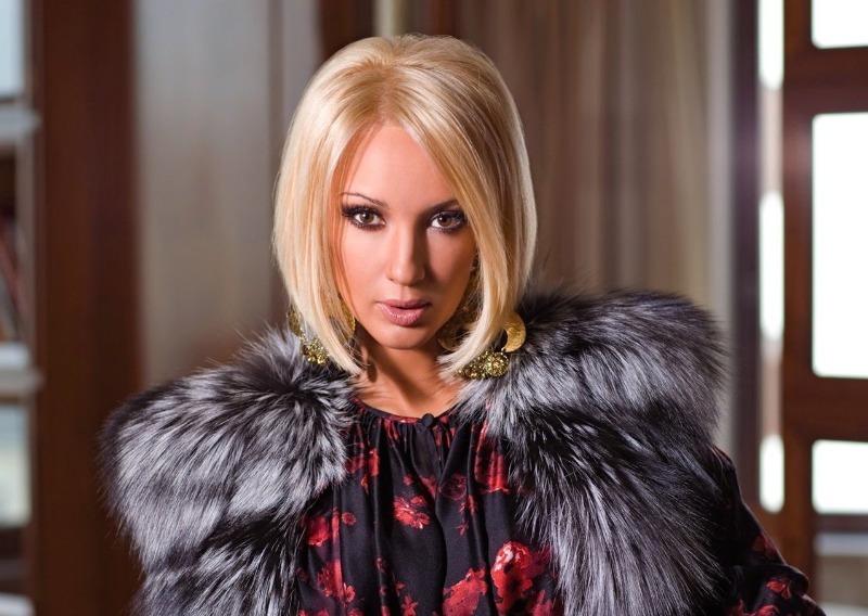 5 знаменитых блондинок, которые на самом деле брюнетки