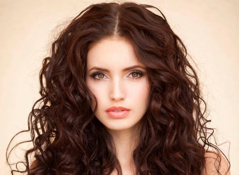 7 удачных стрижек, которые корректируют овал лица не хуже, чем косметолог
