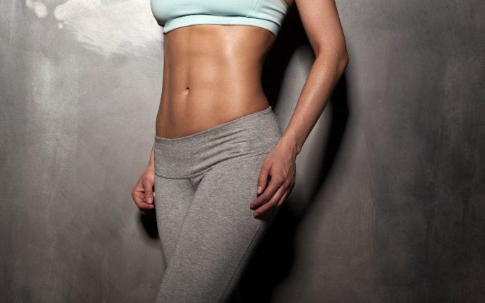 Как избежать растяжек и подтянуть кожу во время диеты