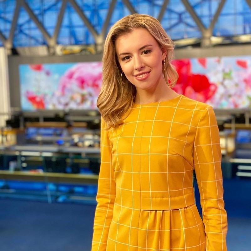 Блондинка против брюнетки: кому могут предложить место Екатерины Андреевой на Первом канале